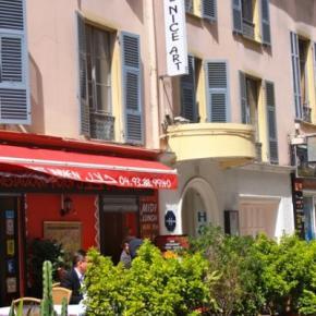 Albergues - Nice Art Hotel