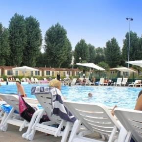 Albergues - PLUS Camping Jolly