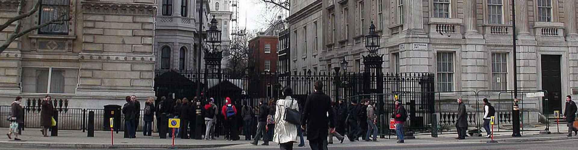 Londres - Albergues cerca a 10 de Downing Street. Mapas de Londres, Fotos y Comentarios para cada Albergue en Londres.