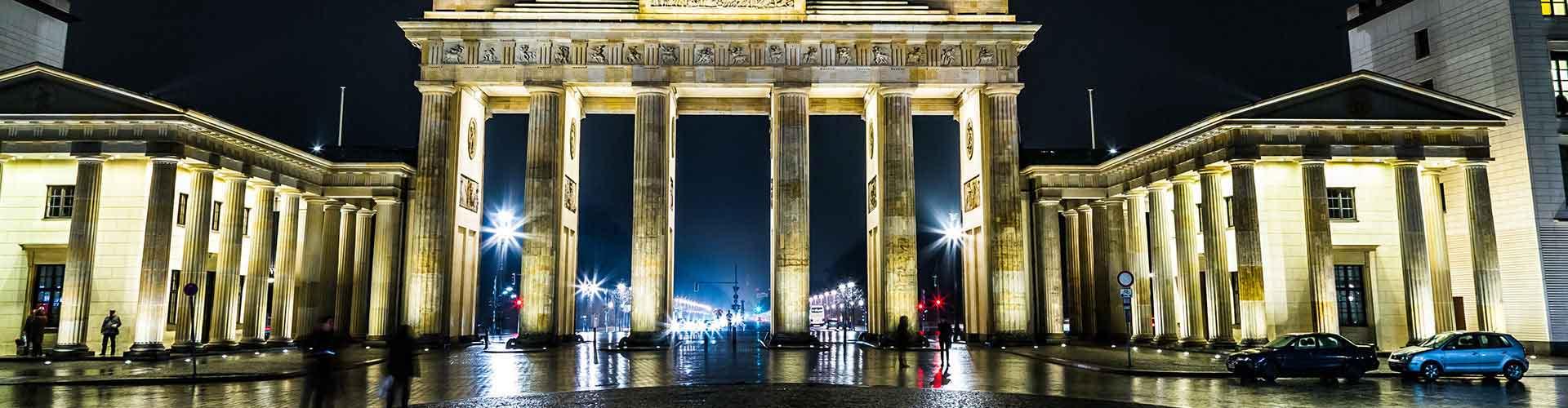 Berlín - Albergues cerca a Puerta de Brandenburgo. Mapas de Berlín, Fotos y Comentarios para cada Albergue en Berlín.