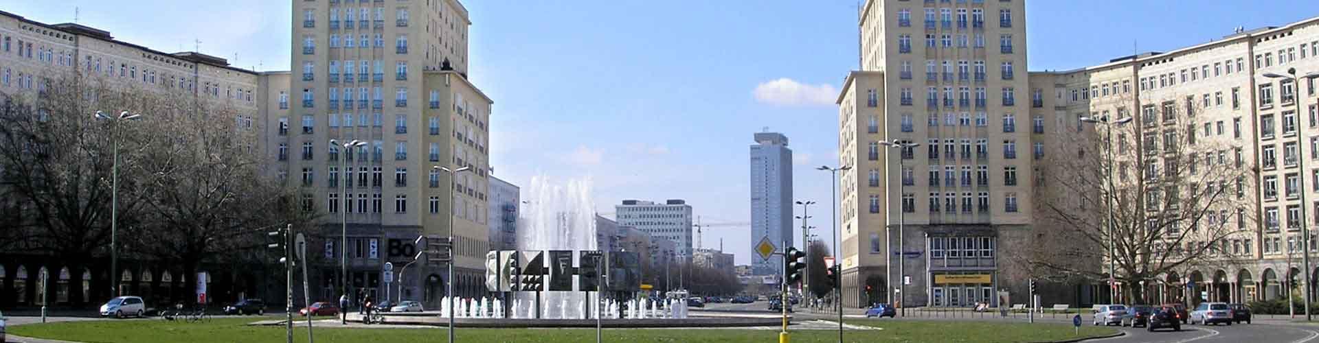 Berlín - Albergues cerca a Karl-Marx-Allee. Mapas de Berlín, Fotos y Comentarios para cada Albergue en Berlín.