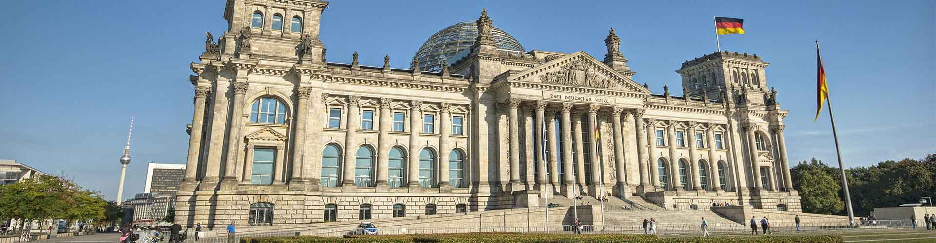 Berlín - Albergues cerca a Edificio del Reichstag. Mapas de Berlín, Fotos y Comentarios para cada Albergue en Berlín.