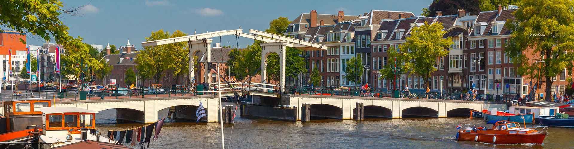 Amsterdam - Albergues cerca a Magere Brug. Mapas de Amsterdam, Fotos y Comentarios para cada Albergue en Amsterdam.