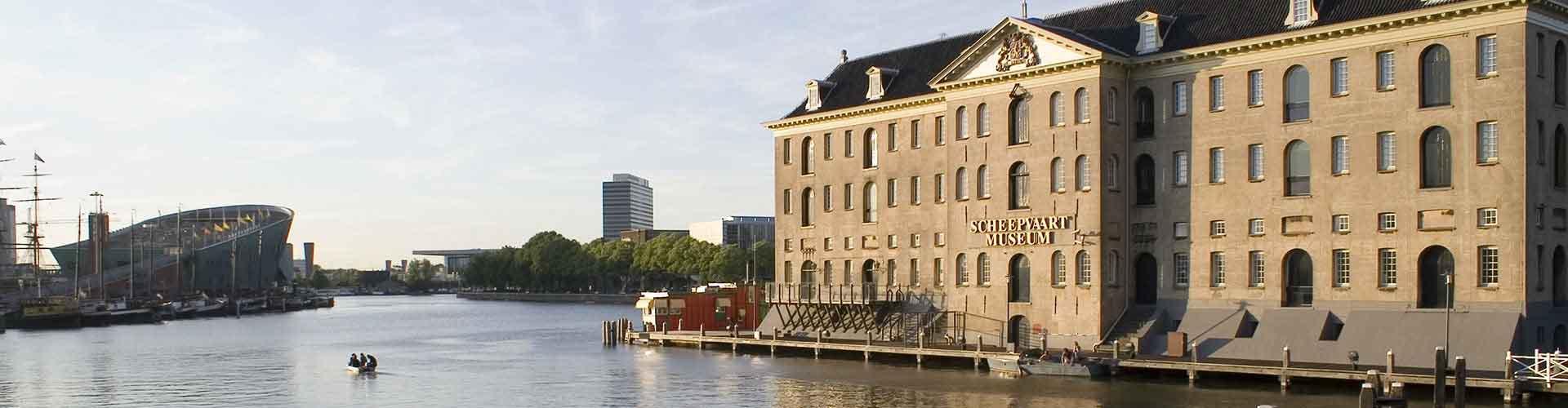 Amsterdam - Albergues cerca a Scheepvaartmuseum. Mapas de Amsterdam, Fotos y Comentarios para cada Albergue en Amsterdam.